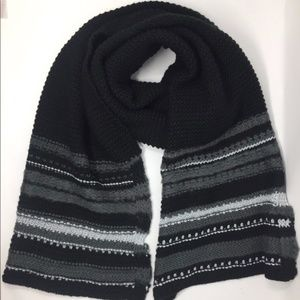4/$25 NEW INC Chunky Black/Grey Oblong Scarf
